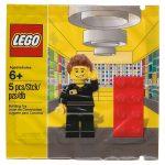 5001622 lego store employee