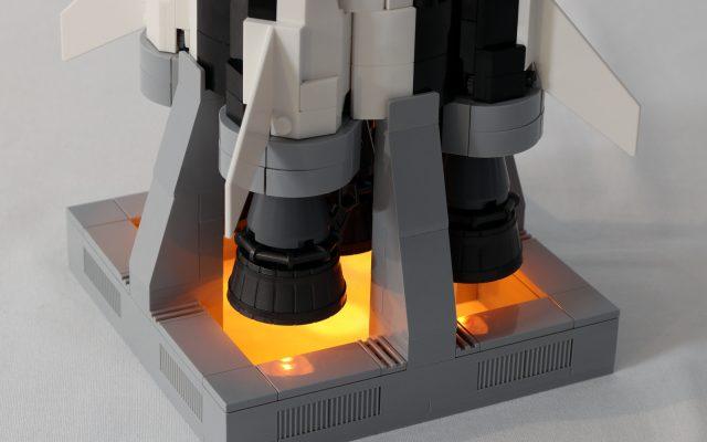 LEGO Saturn V Plateforme