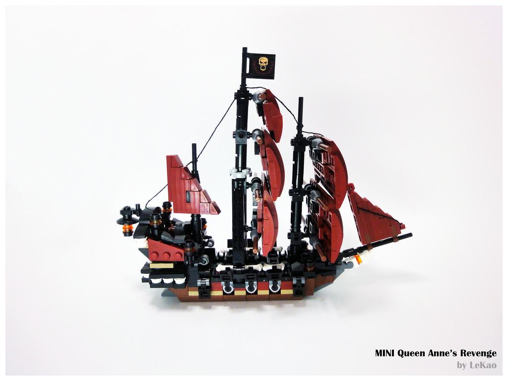pirates des cara bes black pearl queen anne 39 s revenge. Black Bedroom Furniture Sets. Home Design Ideas