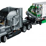LEGO Technic 42078 Mack Anthem 4