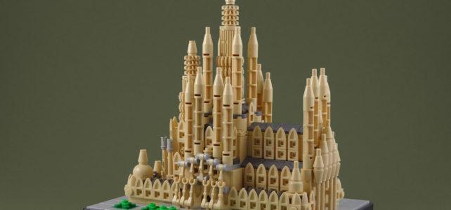 Sagrada Familia mode LEGO Architecture