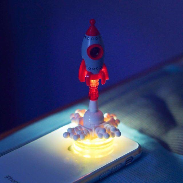LEGO Rocket décollage fusée iPhone