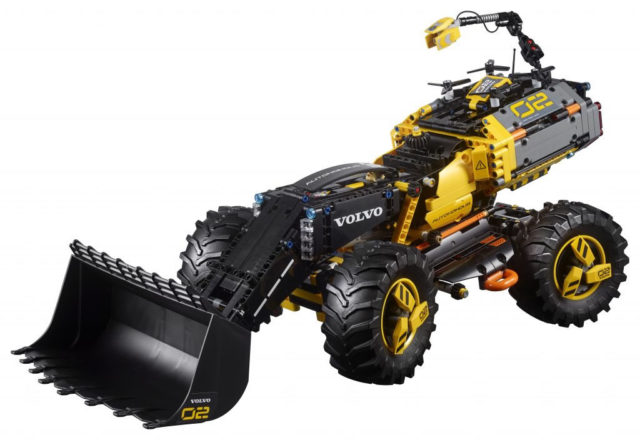 LEGO Technic 42081 Volvo Concept Loader ZEUX
