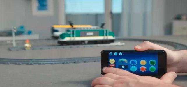 """REVIEW LEGO City 60198 Cargo Train : le nouveau système """"Powered Up"""""""