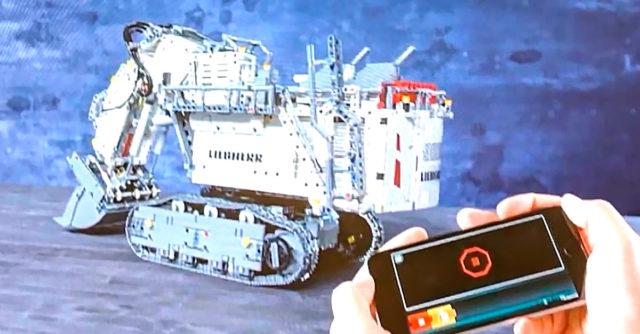 Nouveauté LEGO Technic 42100 Liebherr R9800 Control+