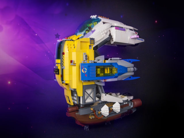 The LEGO Movie 2 Emmet Super spaceship