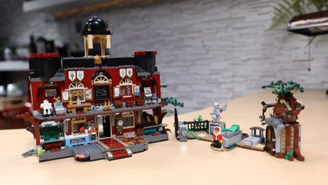 LEGO Hidden Side school