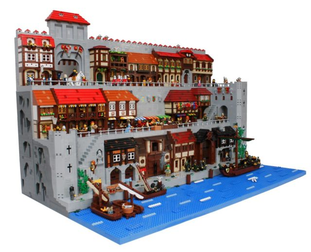 LEGO Castle Seaside Market