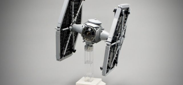 LEGO Star Wars TIE fighter midiscale