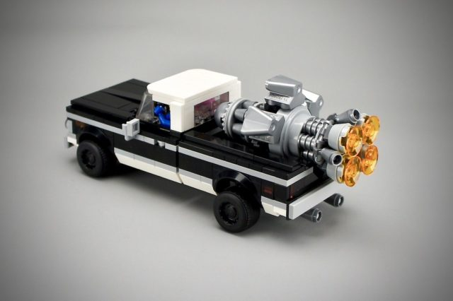 LEGO Movie Benny's SpaceTruck