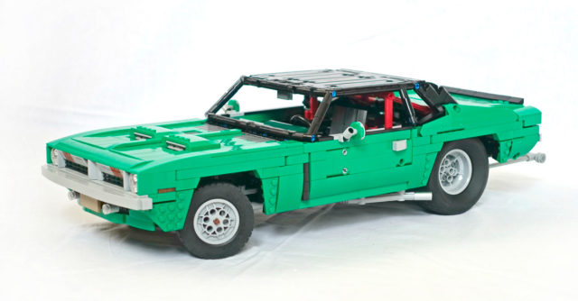 LEGO Technic Plymouth Barracuda 1970