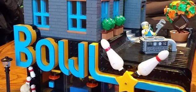 Modular LEGO Bowling
