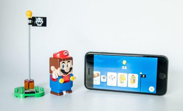 LEGO Super Mario smartphone