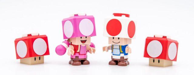 LEGO Super Mario Toad