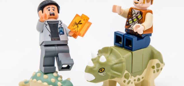 REVIEW LEGO Jurassic World 75939 Dr. Wu's Lab Baby Dinosaurs Breakout