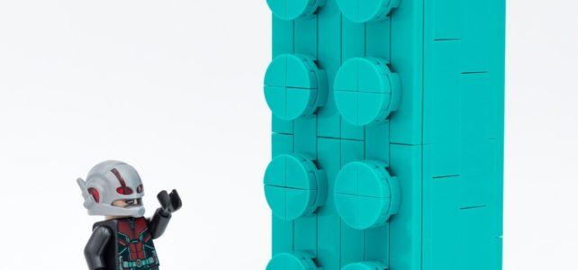 LEGO 5006291 2x4 Teal Brick Ant-Man
