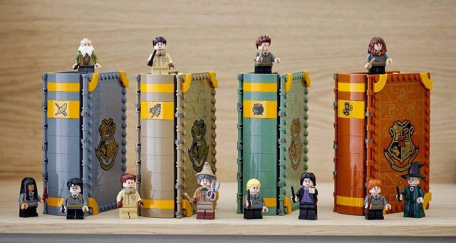 LEGO Harry Potter Hogwarts Moment 2021