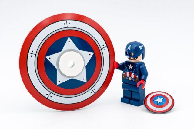 REVIEW LEGO 76168 Captain America Mech Armor