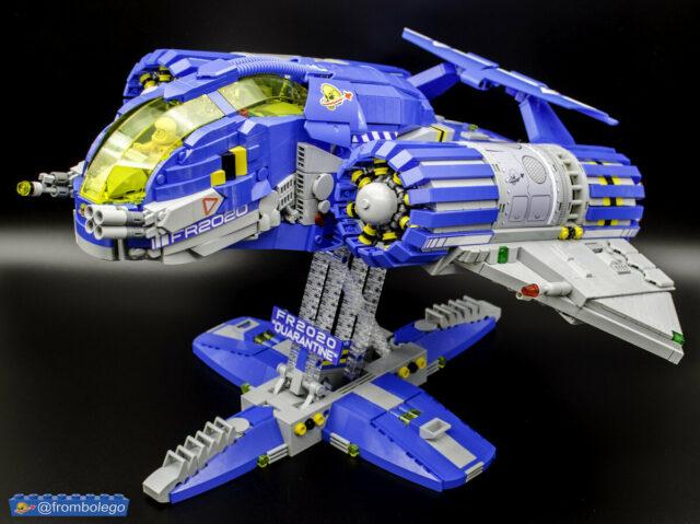 LEGO Classic Space spaceship FR2020 Quarantine