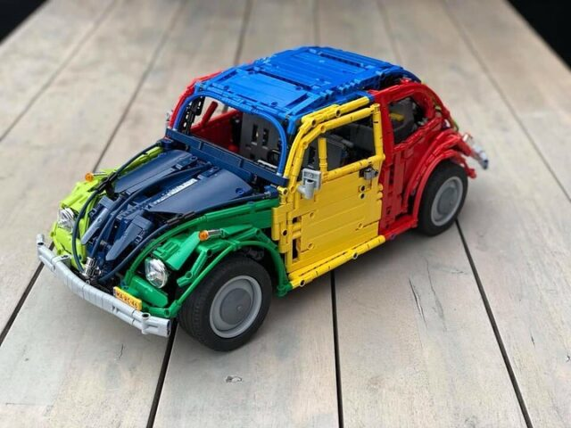 LEGO Technic VW Coccinelle multicolore