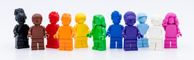 Review LEGO 40516 Everyone is Awesome