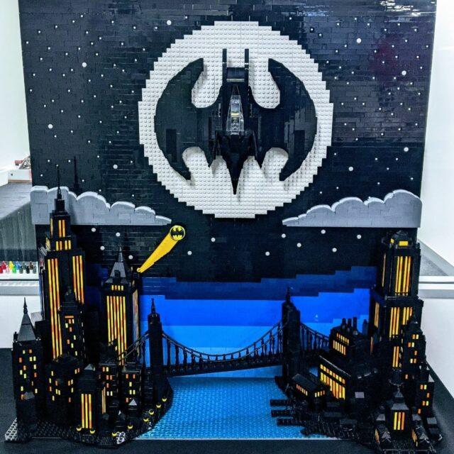 LEGO Batman Gotham Batsignal Batwing