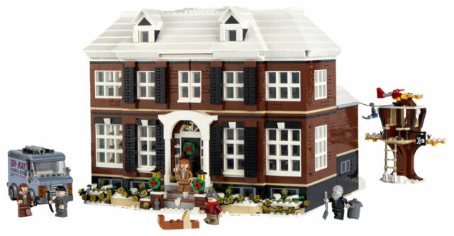 LEGO Ideas 21330 Home Alone House